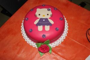 Hello Kitty, torty, marcipán, koláče, plnky, pečenie, ružová