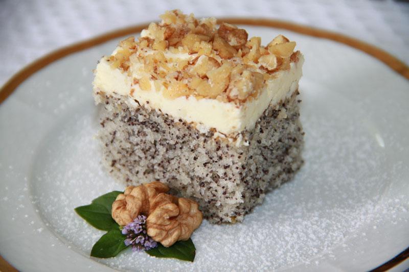 Makový koláč, rýchly hrnčekový koláč, makový koláč s krémom