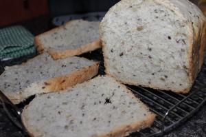 Ochutený slnečnicový chlieb z domácej pekárne, Kysnutý chlieb, domáci chlieb, chlieb z domácej pekárničky, Sladký život