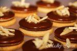 Orechové kolieska s čokoládovým krémom